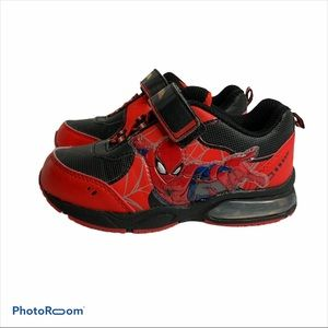 Marvels Spider-man Light Up Sneakers size 11 boys